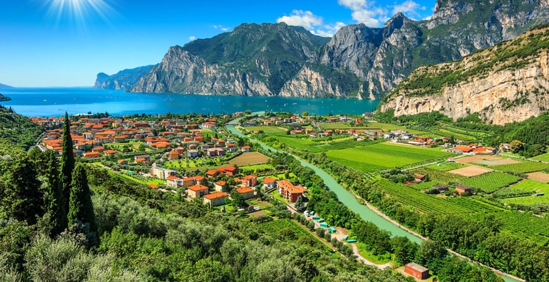 Helicopter Verona to Garda Lake